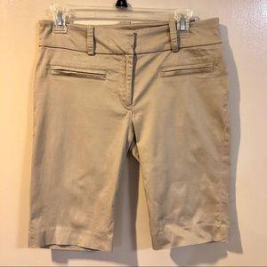 🔴 Zara Basic Khaki Bermuda Shorts - GUC - Size 8